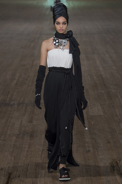 MARC JACOBS Spring 2018 Ready-to-Wear - Look #49