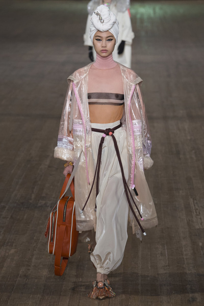 MARC JACOBS Spring 2018 Ready-to-Wear - Look #7
