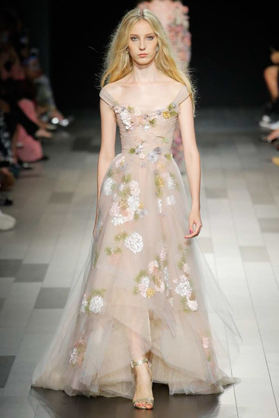 Marchesa Spring 2018 Ready-to-Wear - Look #31