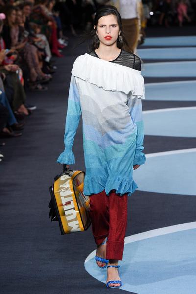 Marco De Vincenzo Spring 2018 Ready-to-Wear - Look #22