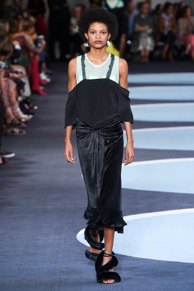 Marco De Vincenzo Spring 2018 Ready-to-Wear - Look #33