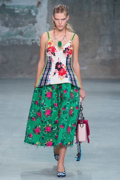 Marni Spring 2018 Ready-to-Wear - Look #1