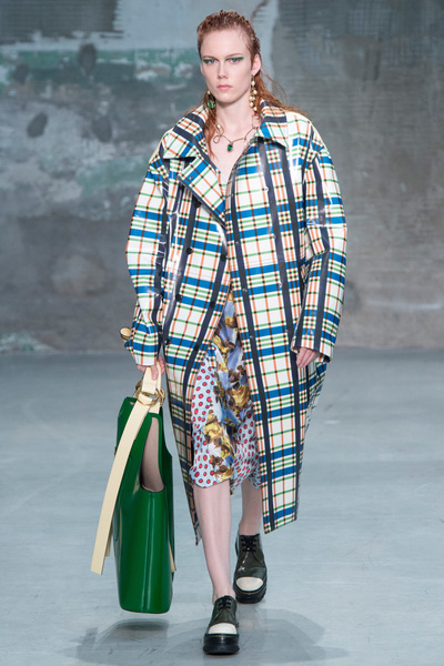 Marni Spring 2018 Ready-to-Wear - Look #16