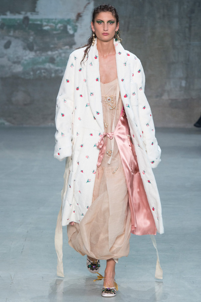 Marni Spring 2018 Ready-to-Wear - Look #40
