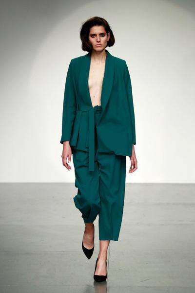 Marta Jakubowski Spring 2018 Ready-to-Wear - Look #14