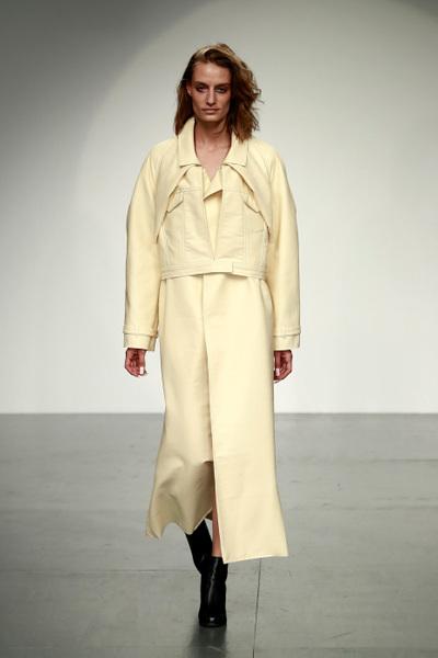 Marta Jakubowski Spring 2018 Ready-to-Wear - Look #18