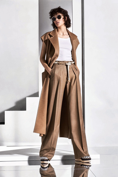 Max Mara Resort 2018 - Look #11