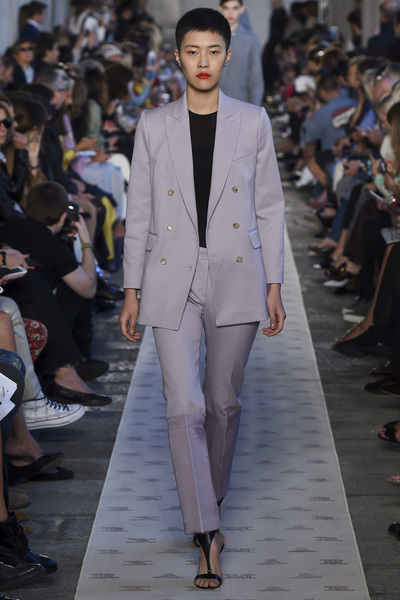 Max Mara Spring 2018 Ready-to-Wear - Look #36