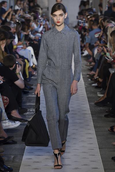 Max Mara Spring 2018 Ready-to-Wear - Look #37