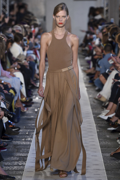 Max Mara Spring 2018 Ready-to-Wear - Look #4