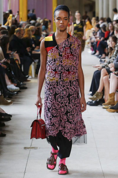 Miu Miu Spring 2018 Ready-to-Wear - Look #11