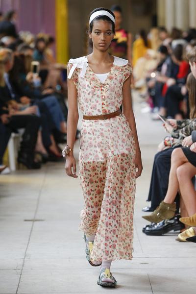 Miu Miu Spring 2018 Ready-to-Wear - Look #39