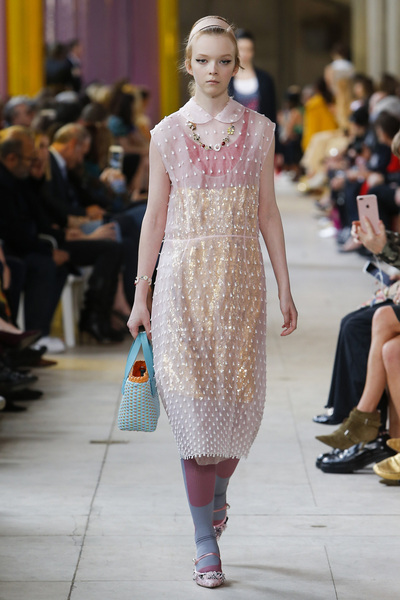 Miu Miu Spring 2018 Ready-to-Wear - Look #43