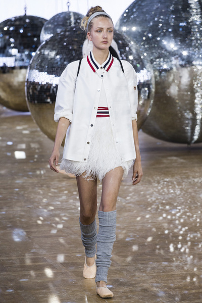 Moncler Gamme Rouge Spring 2018 Ready-to-Wear - Look #15