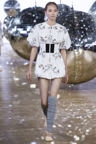 Moncler Gamme Rouge Spring 2018 Ready-to-Wear - Look #20