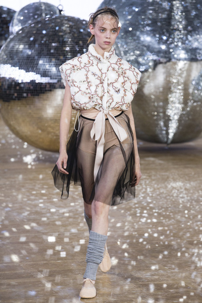 Moncler Gamme Rouge Spring 2018 Ready-to-Wear - Look #38