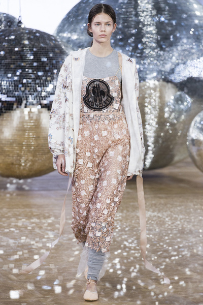Moncler Gamme Rouge Spring 2018 Ready-to-Wear - Look #39