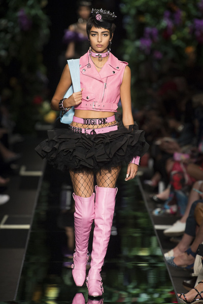 Moschino Spring 2018 Ready-to-Wear - Look #14