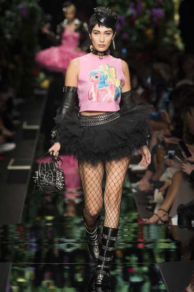 Moschino Spring 2018 Ready-to-Wear - Look #2