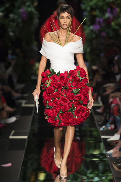 Moschino Spring 2018 Ready-to-Wear - Look #40