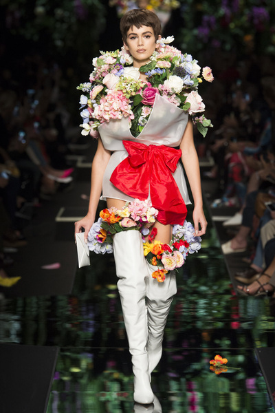 Moschino Spring 2018 Ready-to-Wear - Look #51