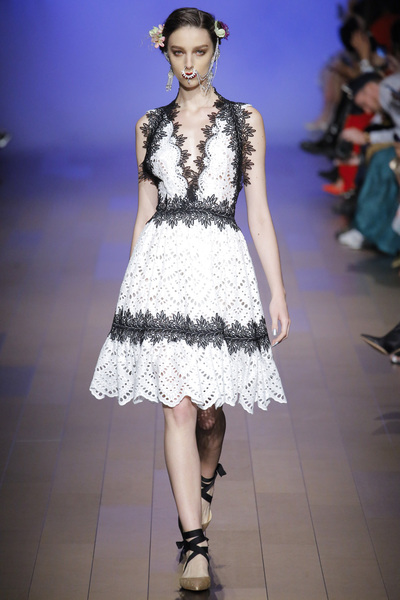 Naeem Khan Spring 2018 Ready-to-Wear - Look #1