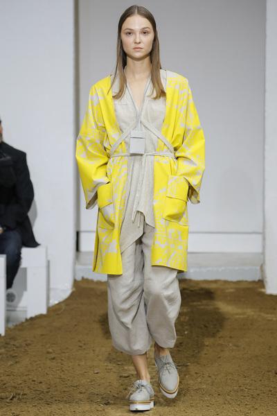 Nehera Spring 2018 Ready-to-Wear - Look #17