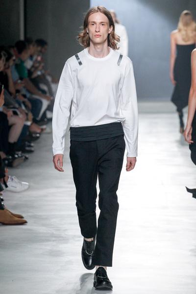 Neil Barrett Spring 2018 Ready-to-Wear - Look #14