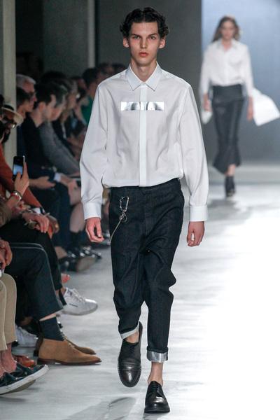 Neil Barrett Spring 2018 Ready-to-Wear - Look #16