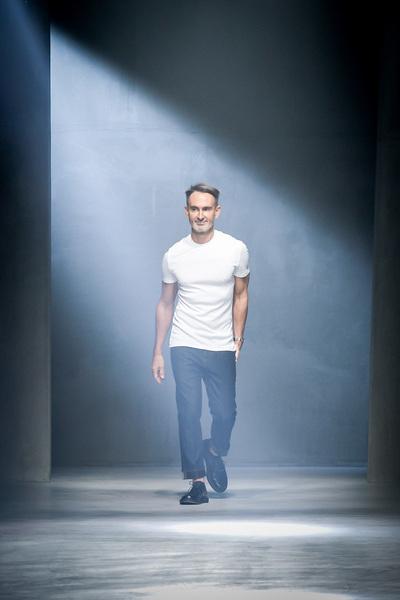 Neil Barrett Spring 2018 Ready-to-Wear - Look #64