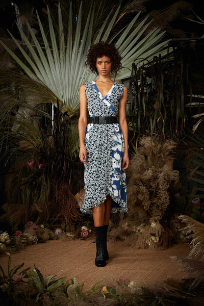 Nicole Miller Spring 2018 Ready-to-Wear - Look #26