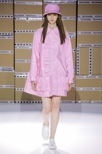 Nicopanda Spring 2018 Ready-to-Wear - Look #17