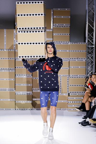 Nicopanda Spring 2018 Ready-to-Wear - Look #31