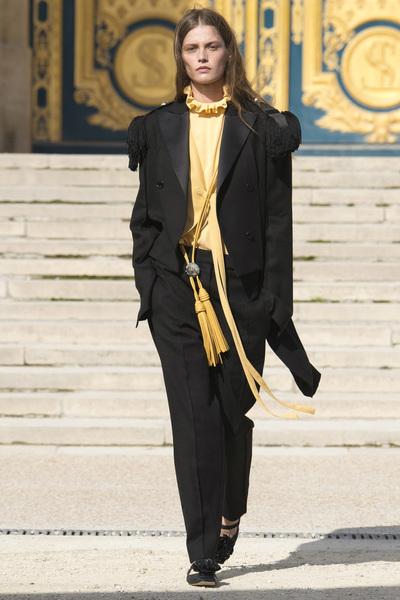 Nina Ricci Spring 2018 Ready-to-Wear - Look #11