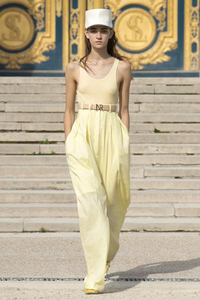 Nina Ricci Spring 2018 Ready-to-Wear - Look #16