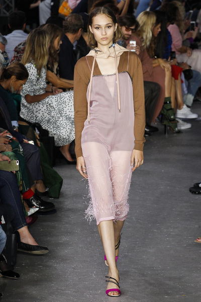 NO. 21 Spring 2018 Ready-to-Wear - Look #12