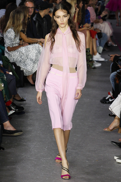 NO. 21 Spring 2018 Ready-to-Wear - Look #13