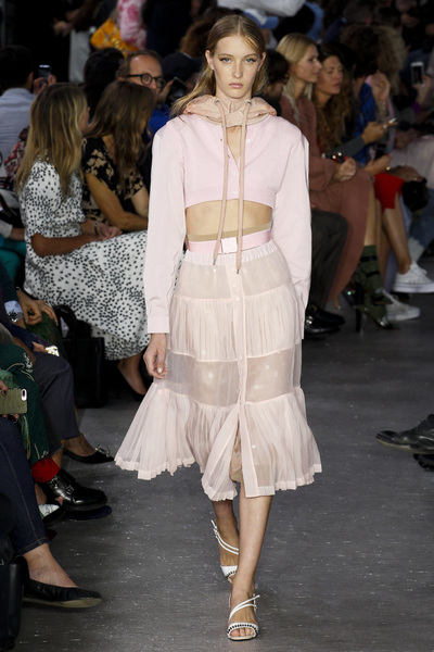 NO. 21 Spring 2018 Ready-to-Wear - Look #2