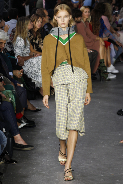NO. 21 Spring 2018 Ready-to-Wear - Look #22