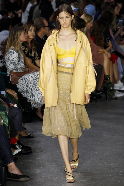 NO. 21 Spring 2018 Ready-to-Wear - Look #26