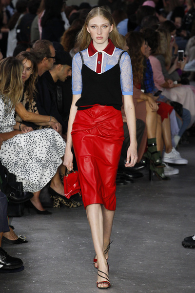 NO. 21 Spring 2018 Ready-to-Wear - Look #30