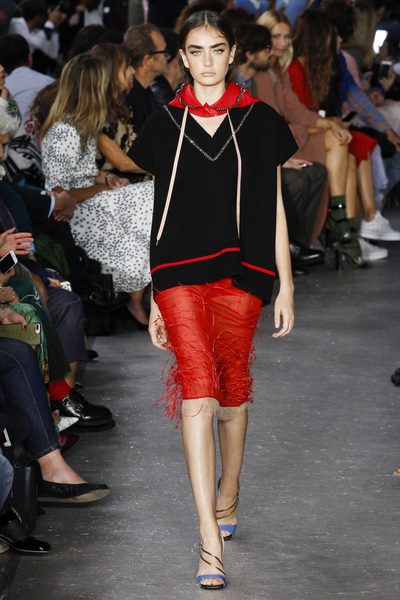NO. 21 Spring 2018 Ready-to-Wear - Look #31
