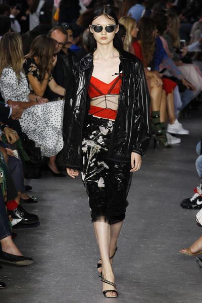 NO. 21 Spring 2018 Ready-to-Wear - Look #34