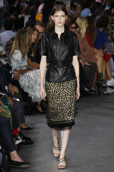 NO. 21 Spring 2018 Ready-to-Wear - Look #38