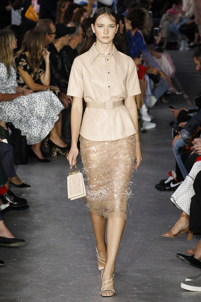 NO. 21 Spring 2018 Ready-to-Wear - Look #6