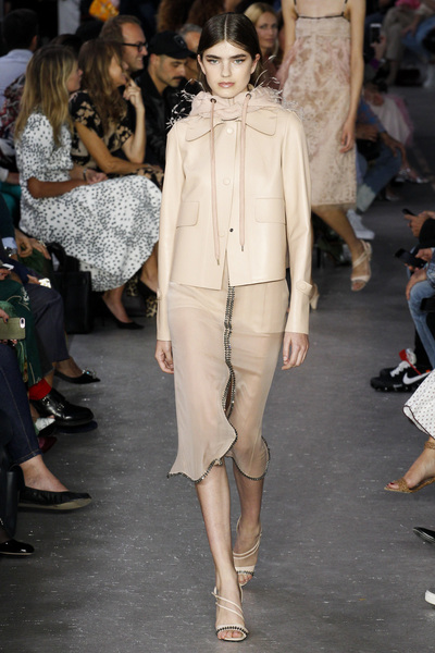 NO. 21 Spring 2018 Ready-to-Wear - Look #7