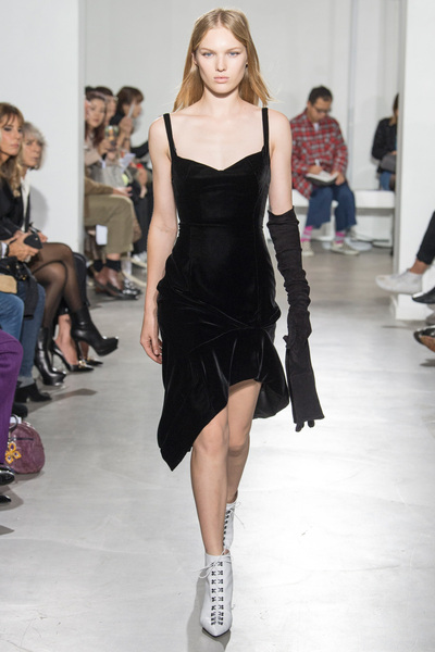 Olivier Theyskens Spring 2018 Ready-to-Wear - Look #13