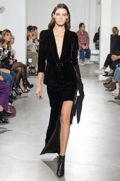 Olivier Theyskens Spring 2018 Ready-to-Wear - Look #28