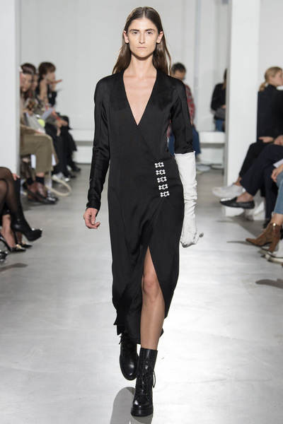 Olivier Theyskens Spring 2018 Ready-to-Wear - Look #4