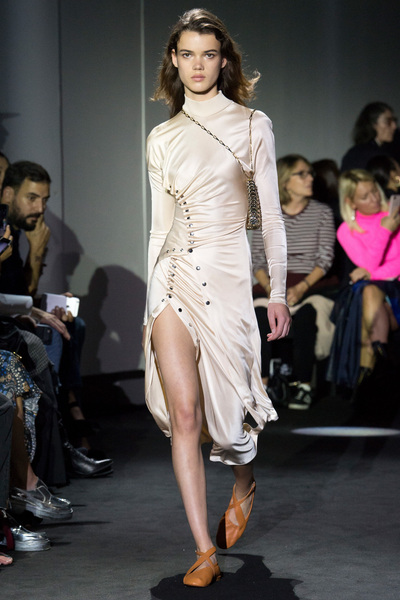 Paco Rabanne Spring 2018 Ready-to-Wear - Look #3